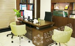 LH整形外科医院 医生诊疗室